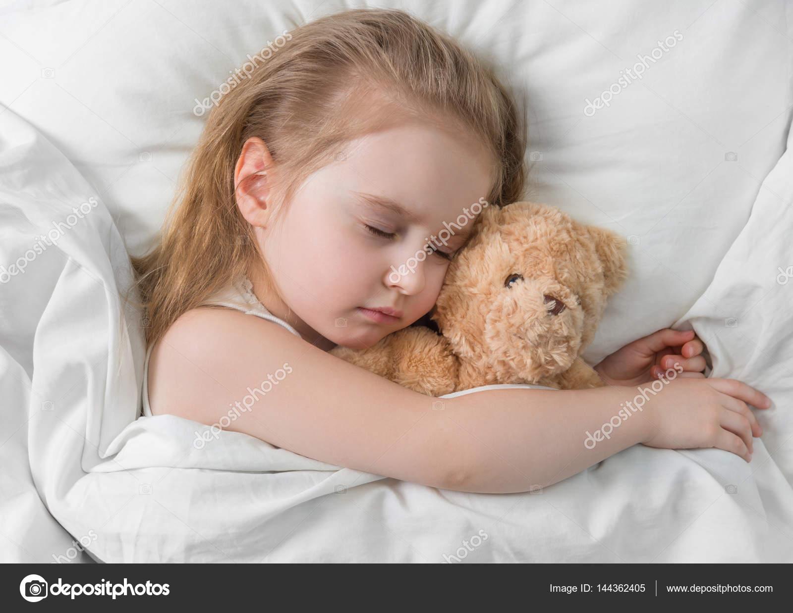 Подписать фото спящий ребенок