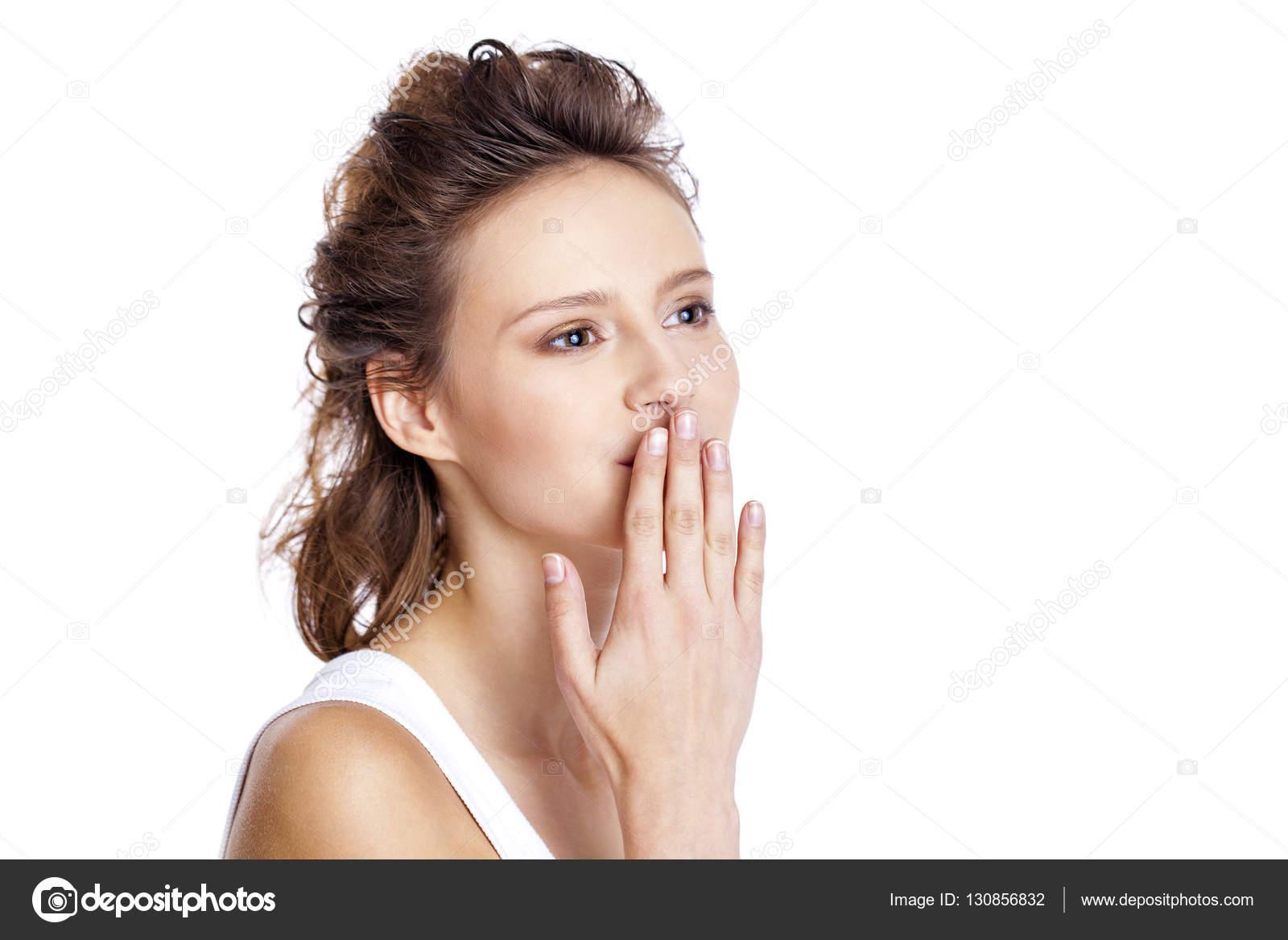 Поцелуй брюнетка фото фото 118-449