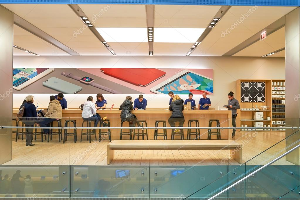 apple store en chicago foto editorial de stock teamtime 128400986. Black Bedroom Furniture Sets. Home Design Ideas