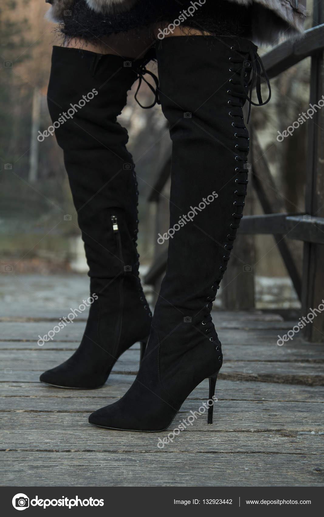 Соблазнительные ножки видео фото 601-364