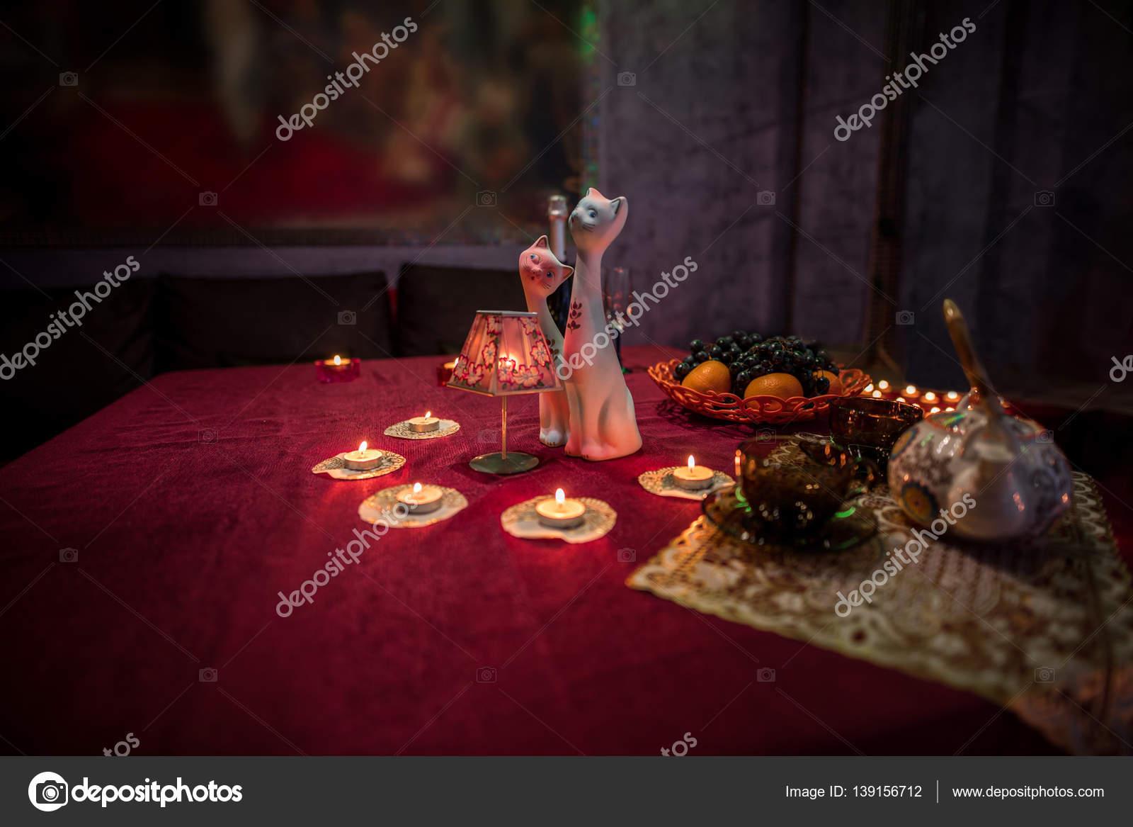 Фото накрытый стол для девушки
