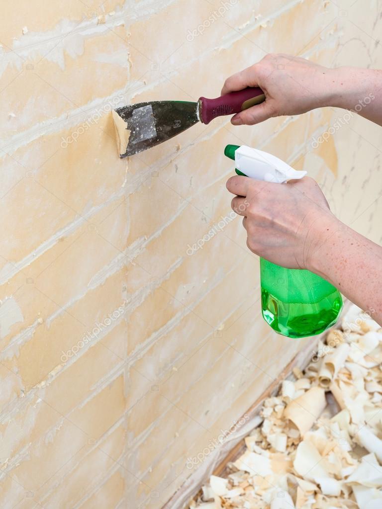 Como quitar papel pintado de la pared cool quitar el - Quitar pegamento de las manos ...