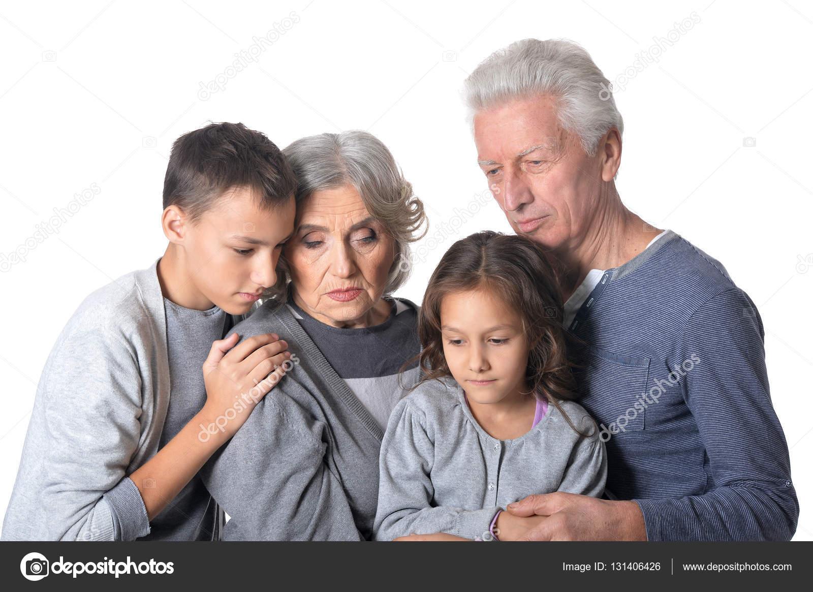 фото задумчивых бабушек