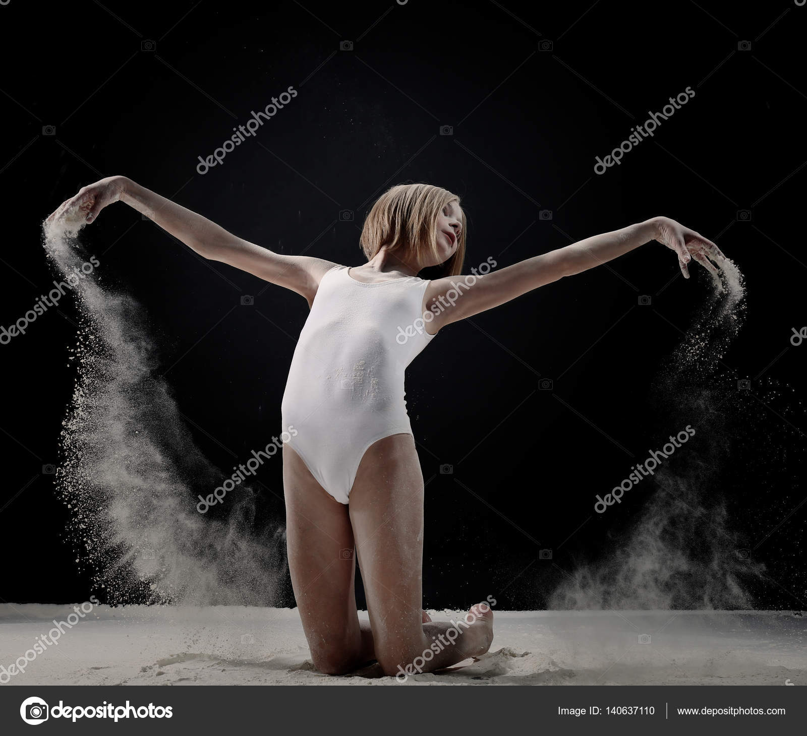 image Girl dancing to the song zemfira