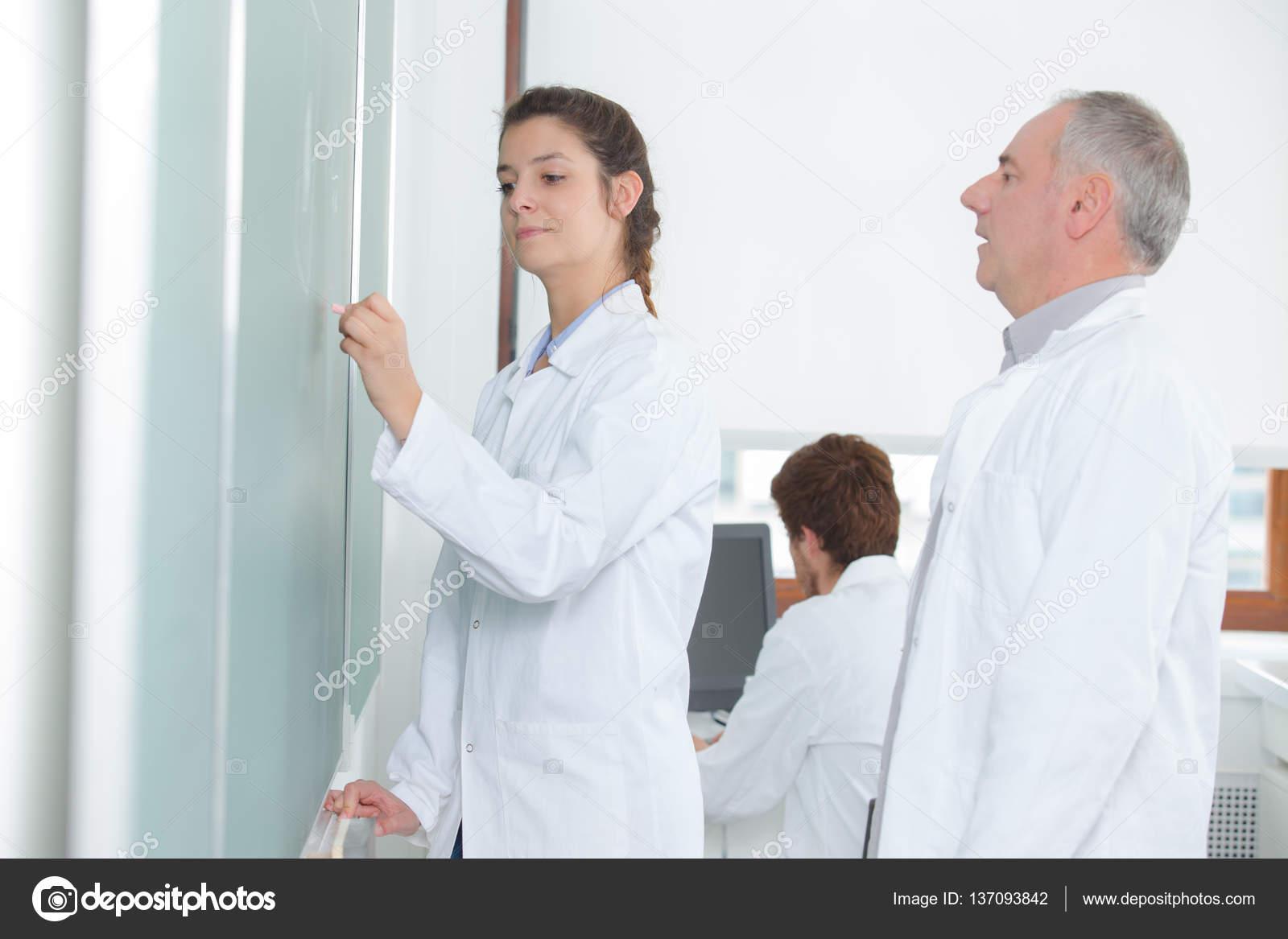 смотреть студент и учитель