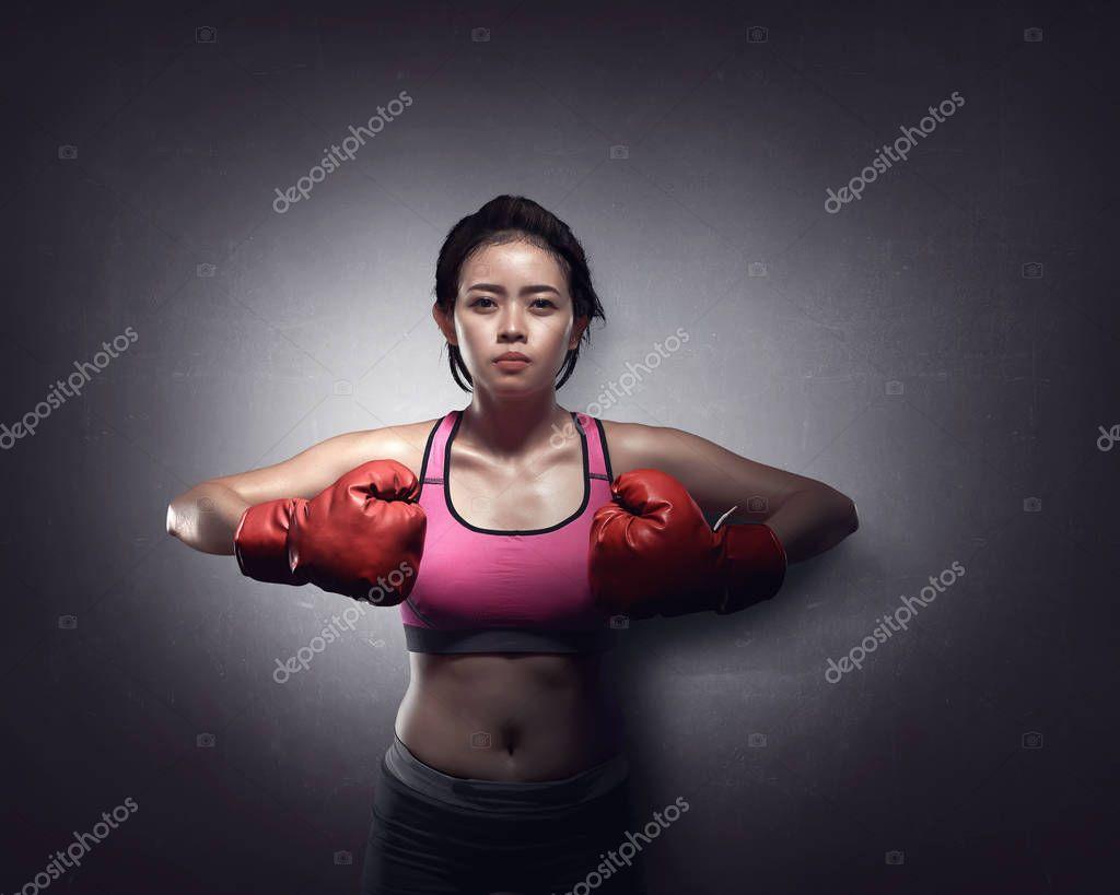 Бесплатно фото красивых мускулистых девушек в боксерских перчатки фото 763-78