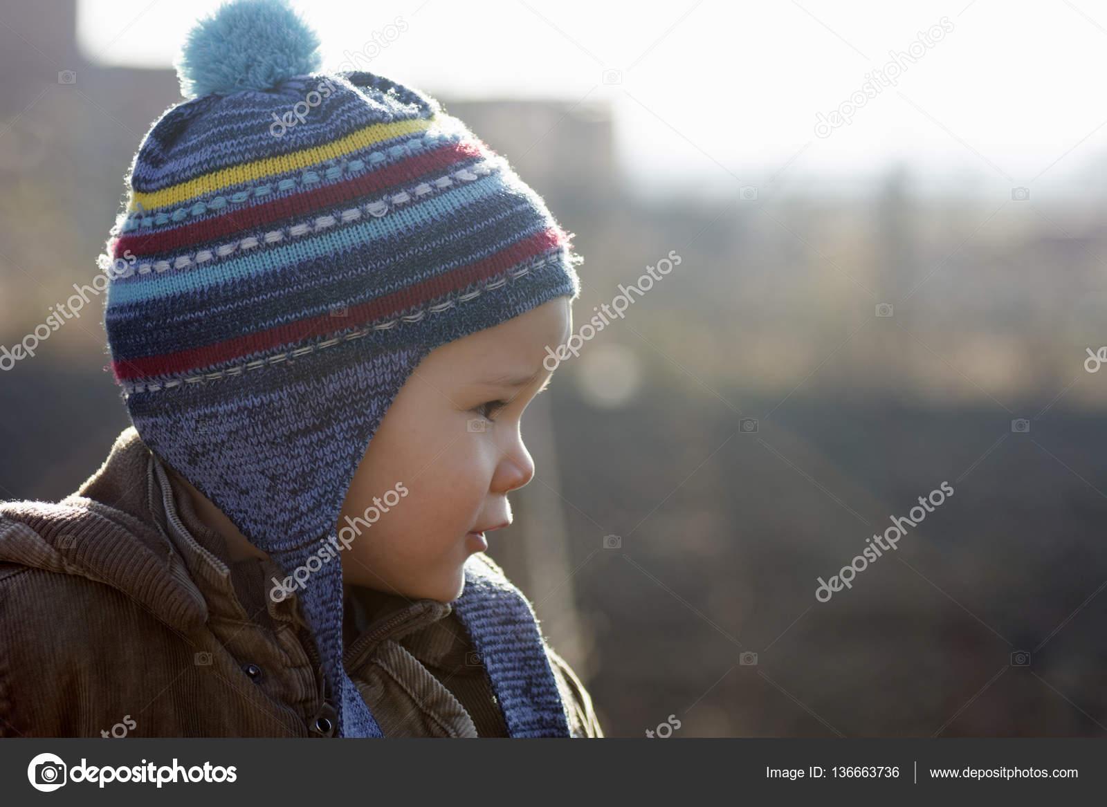 Размер шапок для детей по возрасту. Обхват головы у детей: таблица для