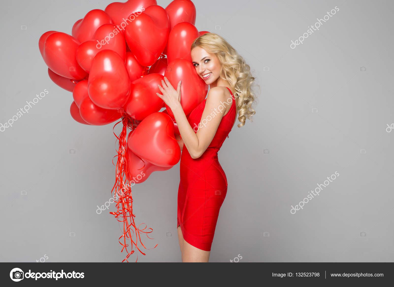 Красивое фото шарик и девушка