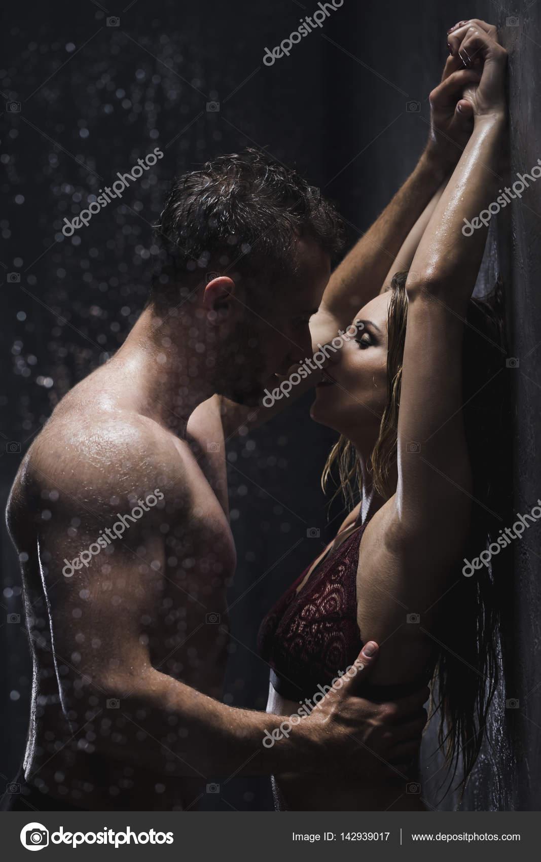 Sex shower under