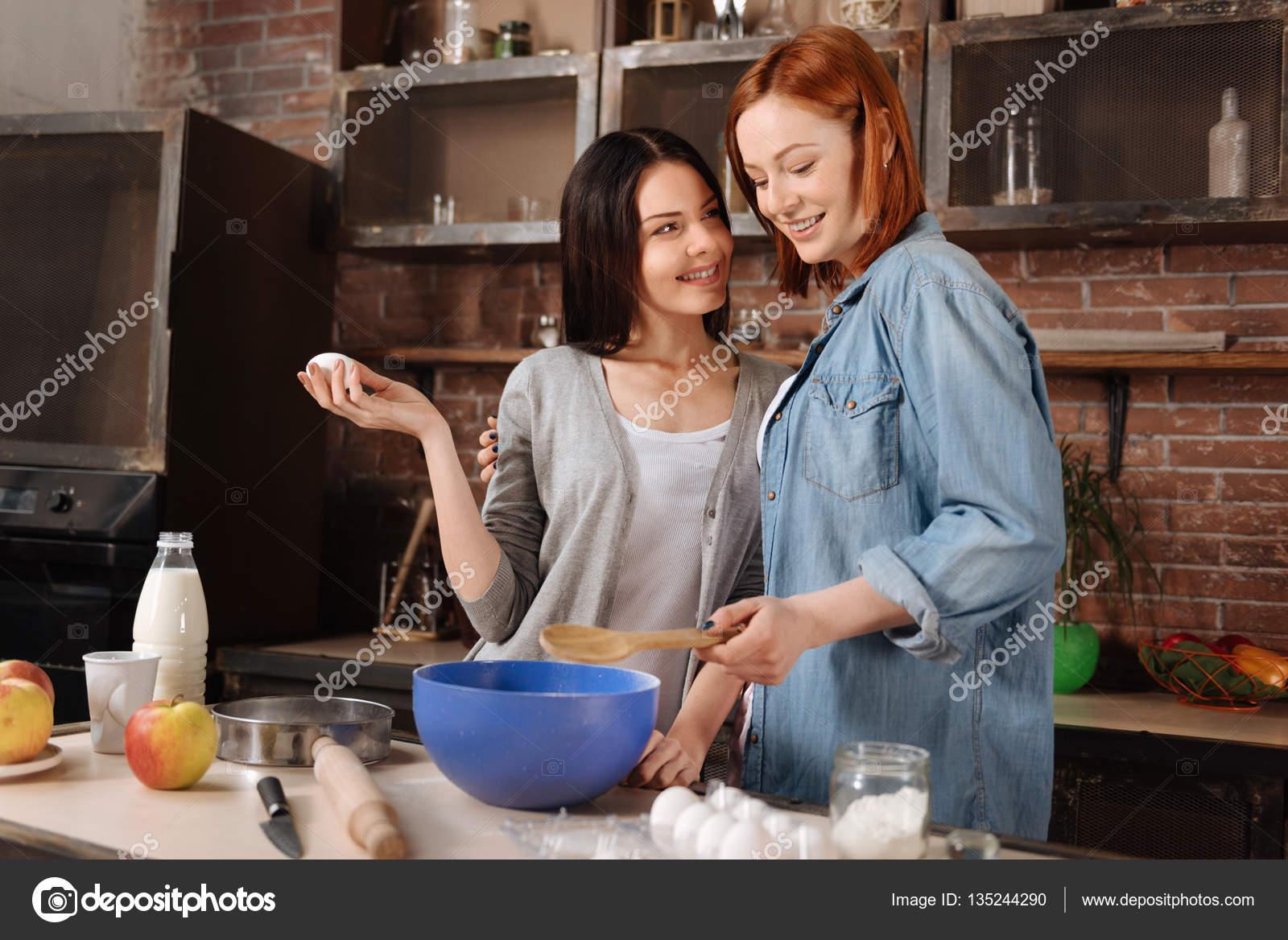 Молодые девочки лесбиянки секс фото 49-933