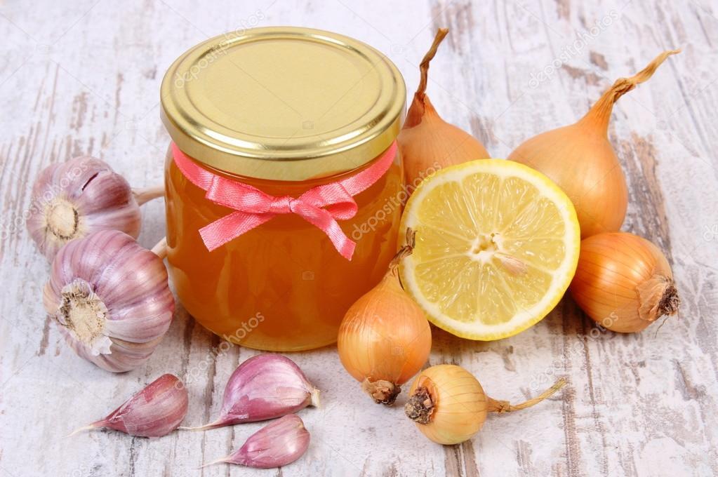 Как приготовить лимон с чесноком медом