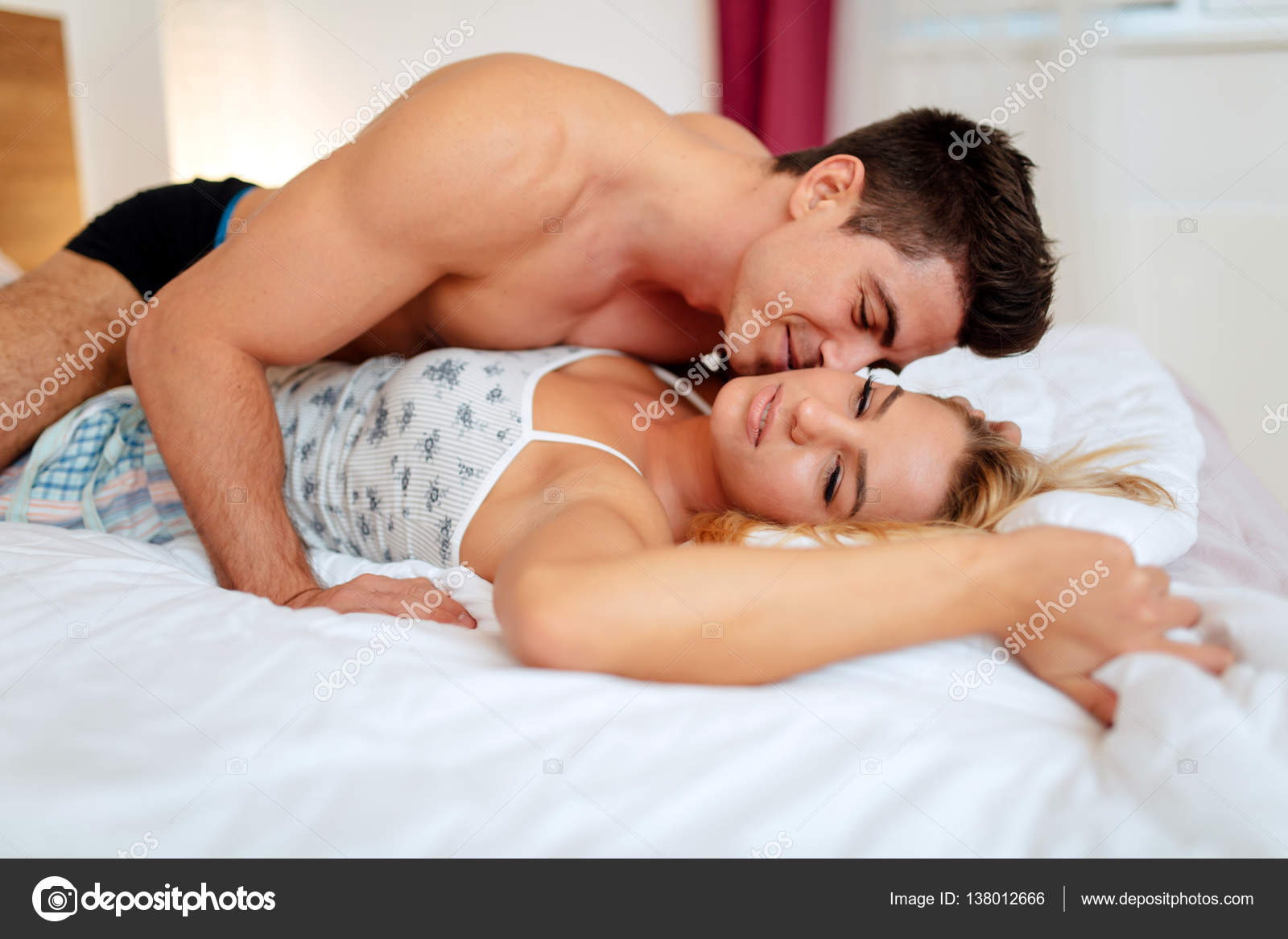 Семья занимается сексом смотреть онлайн, Семейное порно русских пар смотреть онлайн бесплатно 12 фотография
