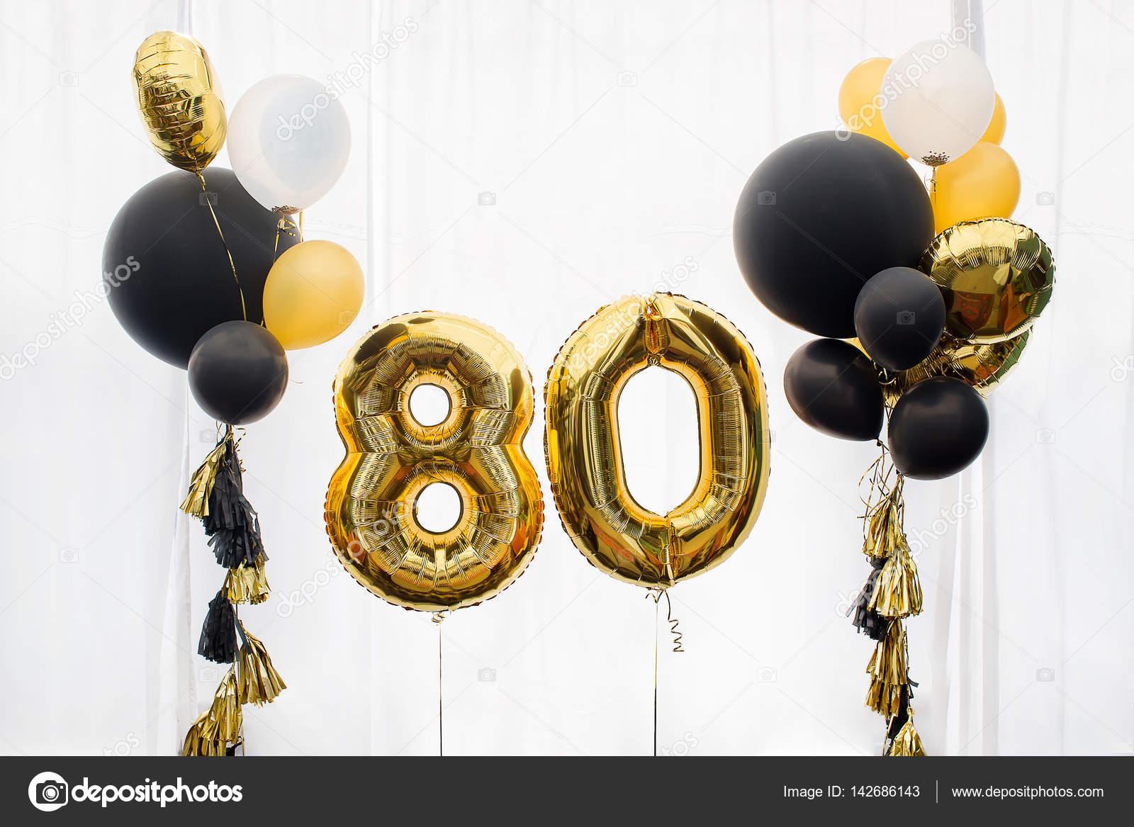 Decoraci n para cumplea os de 80 a os aniversario foto for Decoracion 80 anos hombre