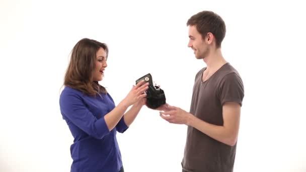 Женщину показывают мальчику видео фото 14-571
