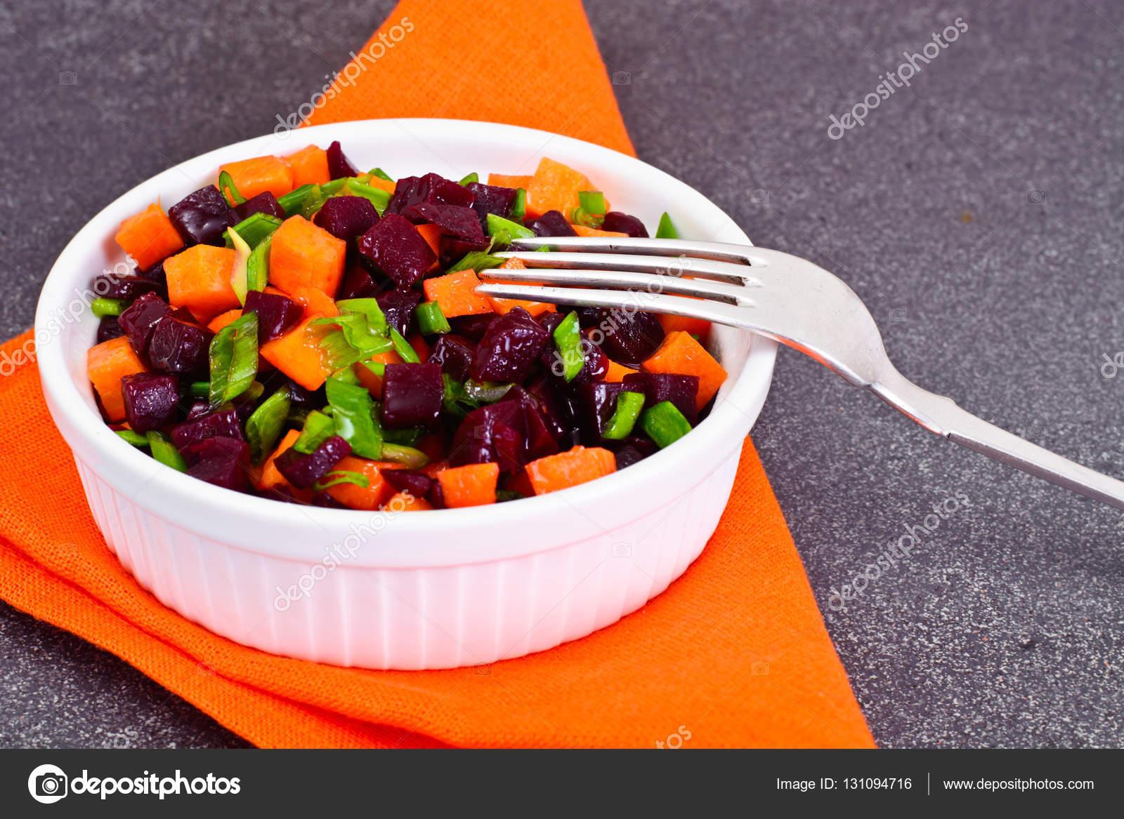 Салат из свеклы и моркови вареной