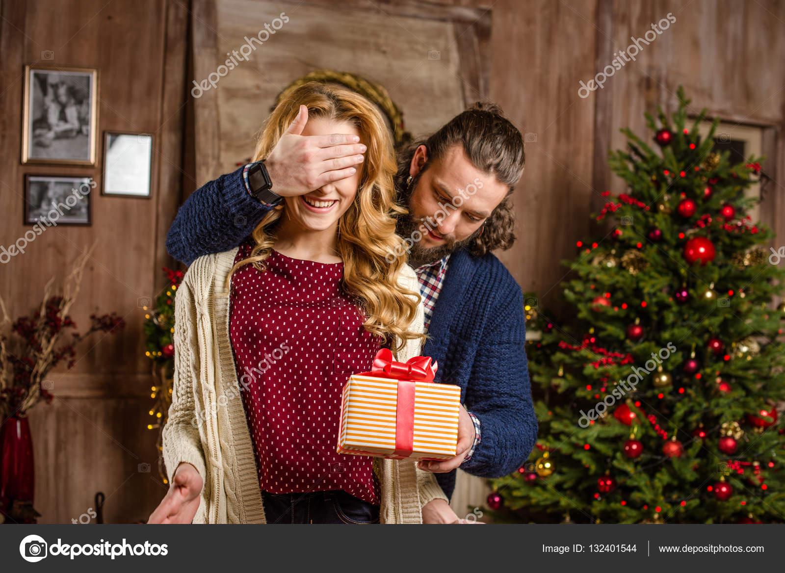 Вручение подарков необычное 9