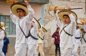 Gyermekek a felvonulás a mexikói forradalom napja