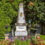 Постер, плакат: Grave of composer Ludwig van Beethoven in Cemetery in Vienna
