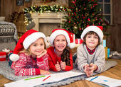 Šťastné děti, kreslení obrázků podle značky