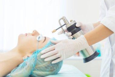 liquid nitrogen cryotherapy procedure