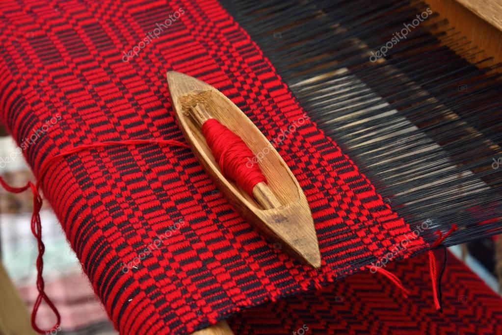 Detail weaving loom