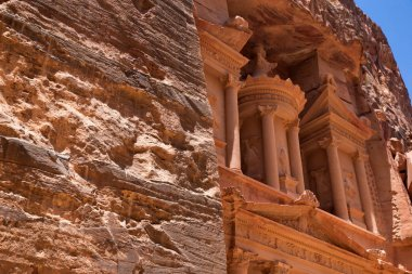 The abandoned city of Petra