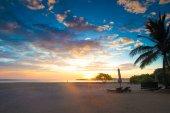 Fotografie Východ slunce nad Tropical Beach