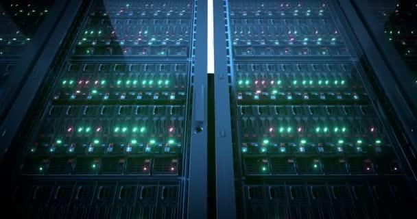 Server schließen. Server. modernes Rechenzentrum. Cloud Computing. Bergbauernhof. loopable nahtlose Animation. 8k 4k uhd