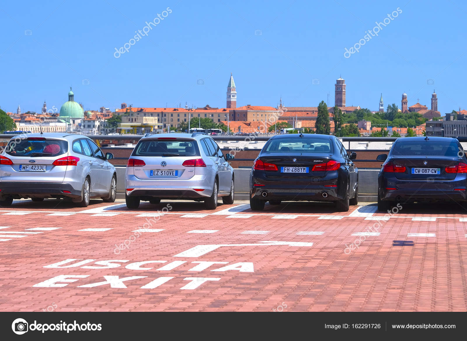 car on a parking in Venice – Stock Editorial Photo © uatp12 #162291726