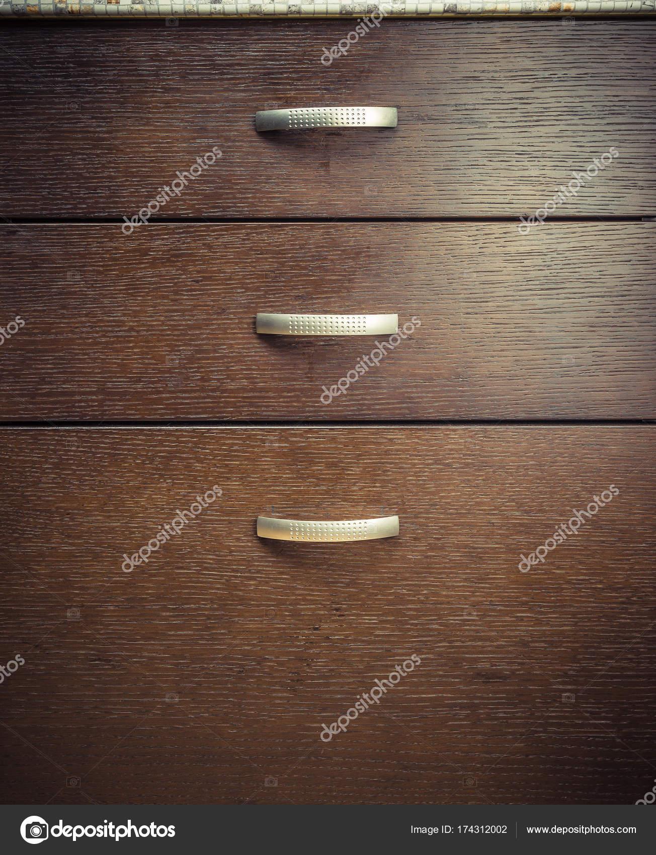 Hölzerne Küchenschrank mit Schubladen — Stockfoto © megastocker ...