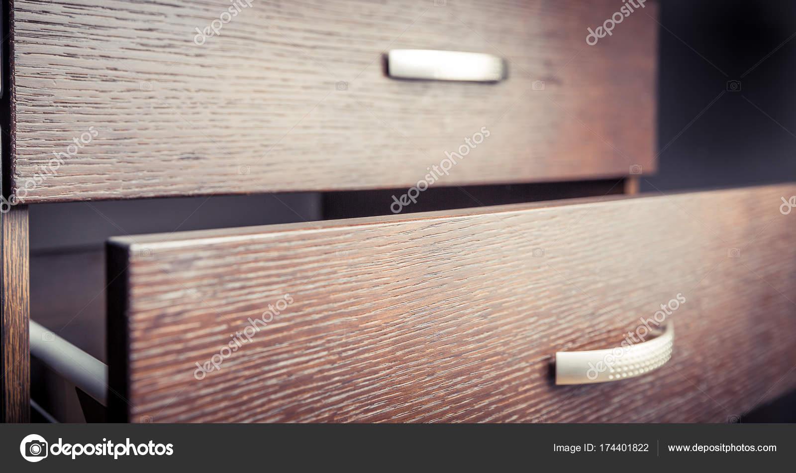 Credenza Con Cassetti : Credenza in legno con cassetti u2014 foto stock © megastocker #174401822