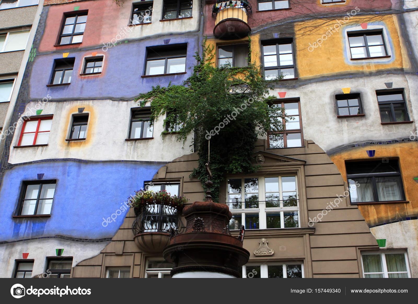 Hundertwasser Haus Hundertwasserhaus Entworfen Vom Osterreichischen