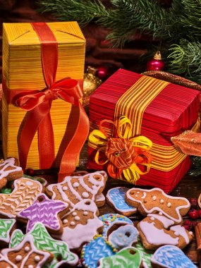 Christmas gingerbread cookies and gift box.