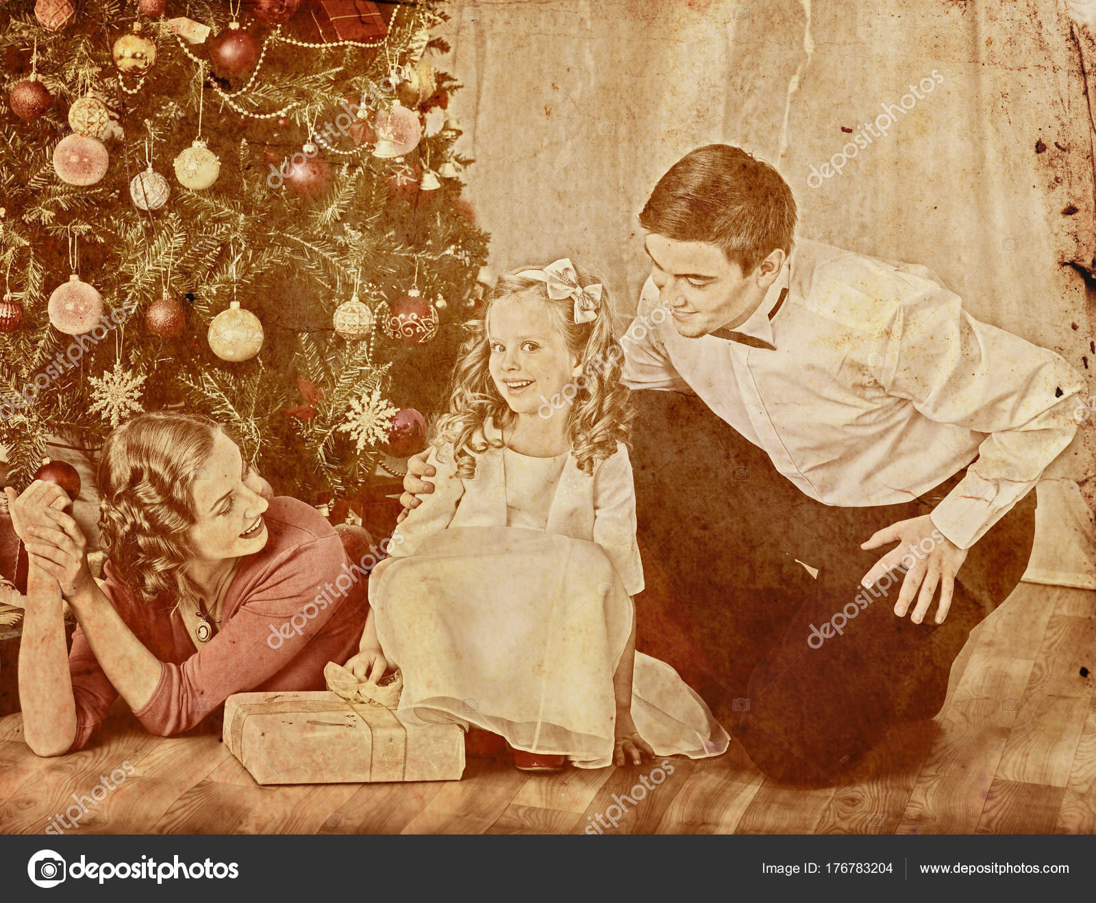 Nostalgy Christmas Family With Child Girl Dressing
