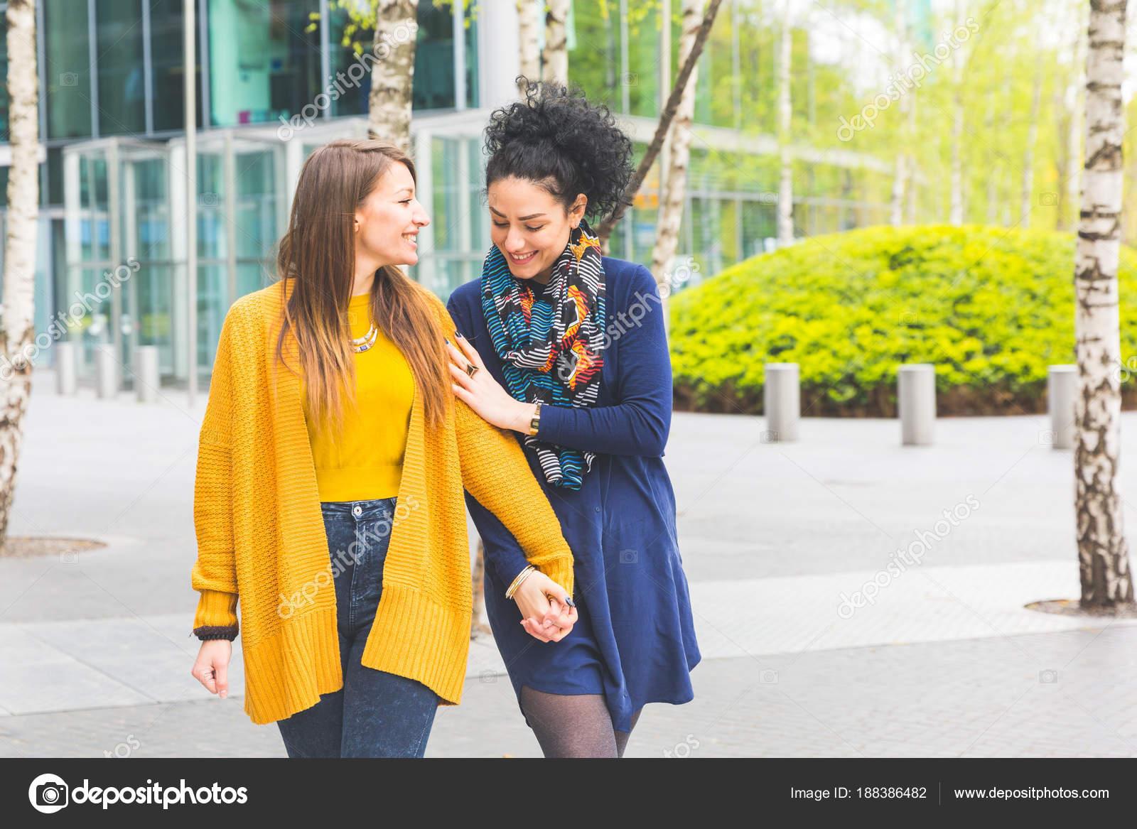 Лесбиянки из токио любит двойное