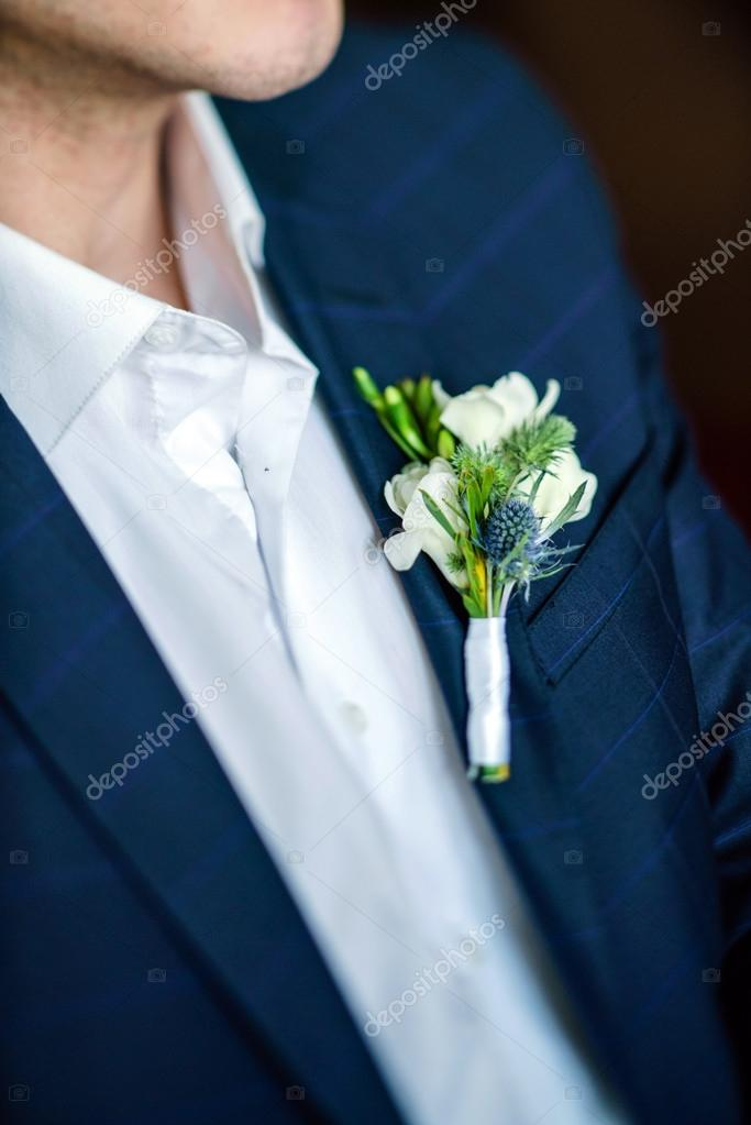 Elegantly dressed groom