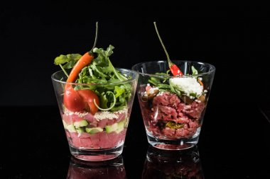 beef tartare in glasses