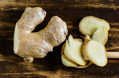fresh sliced ginger