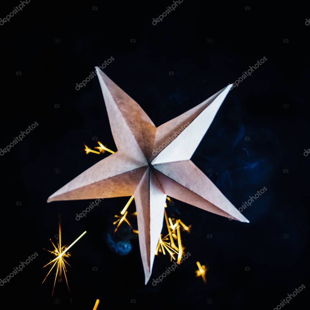 holiday paper star