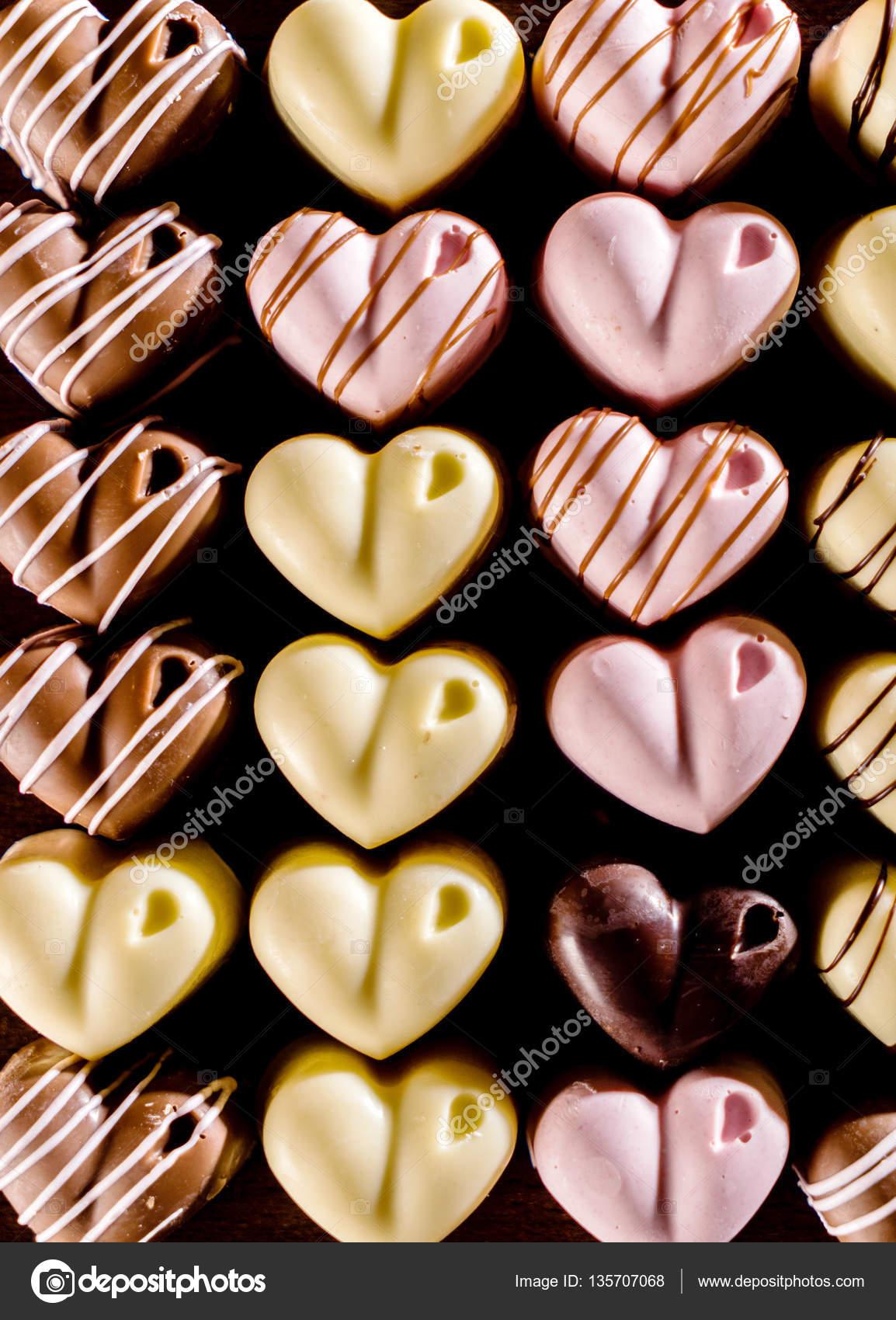Valentinstag Pralinen Stockfoto C Shebeko 135707068
