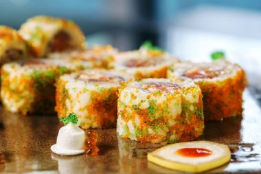 delicious fusion sushi