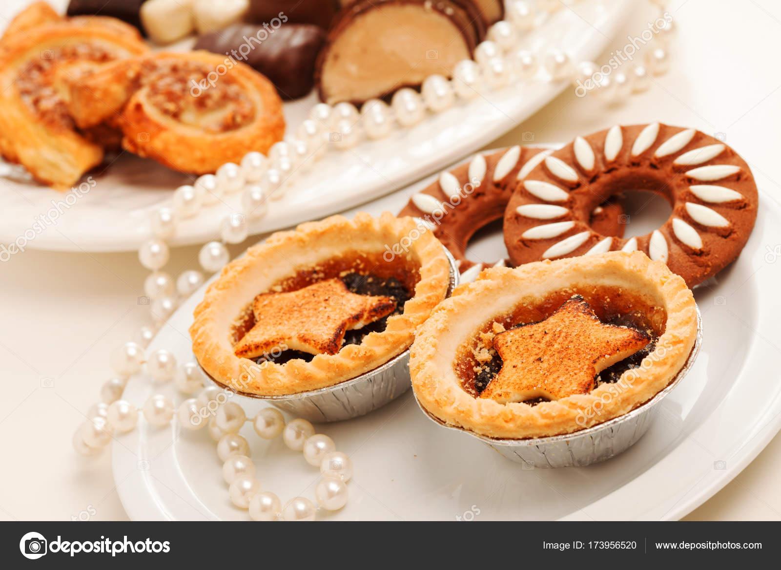 Traditionelles Weihnachtsgebäck.Traditionelles Weihnachtsgebäck Stockfoto Shebeko 173956520