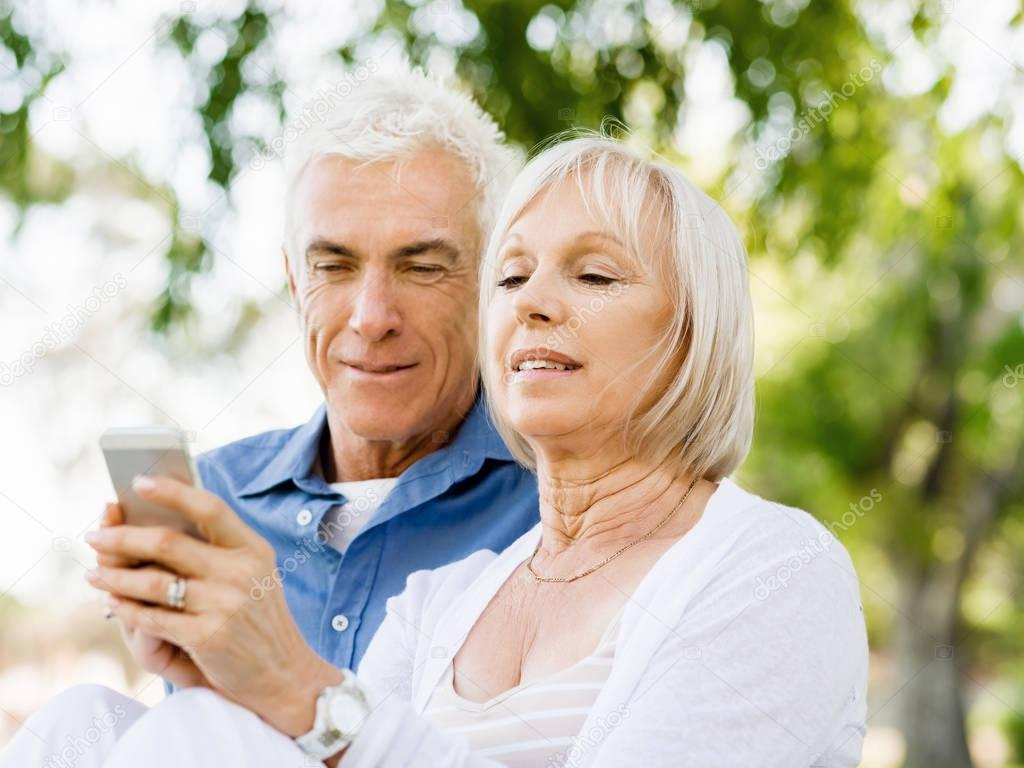 Senior Online Dating Site Free