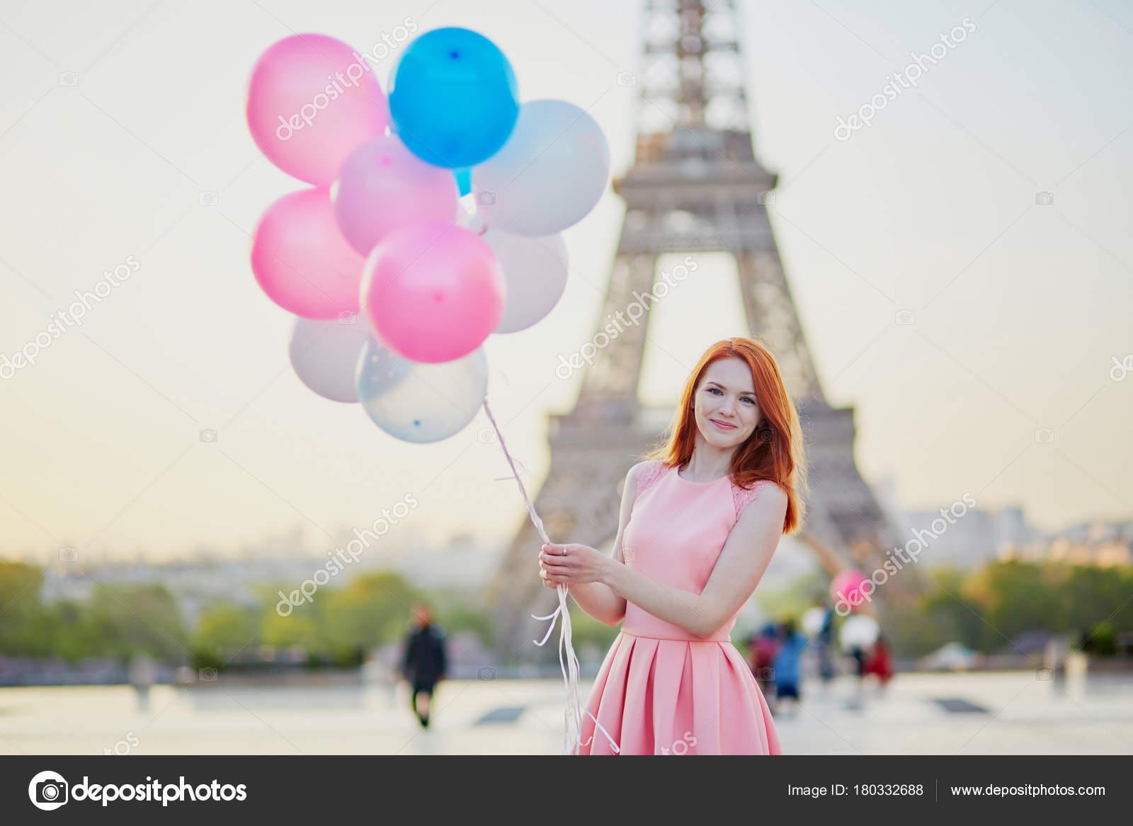Datování pařížské dívky