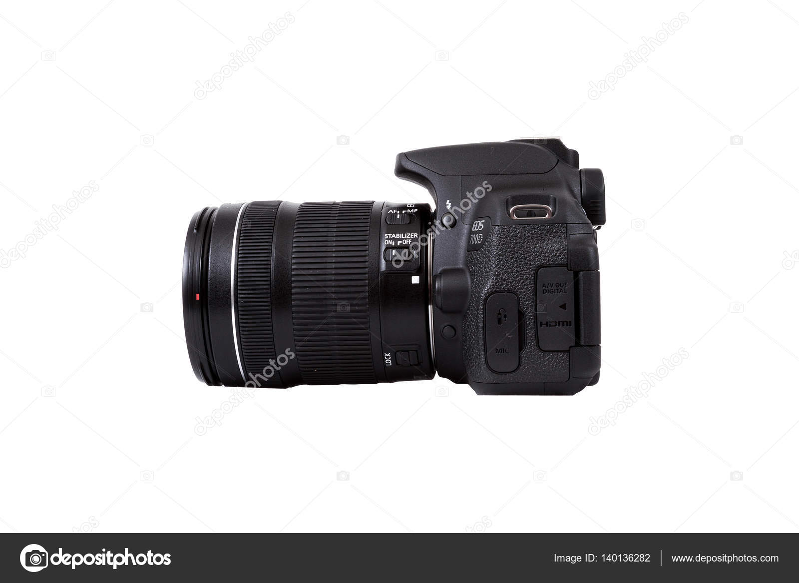 Canon EOS 700D Kit 18-135 IS STM DSLR black – Stock
