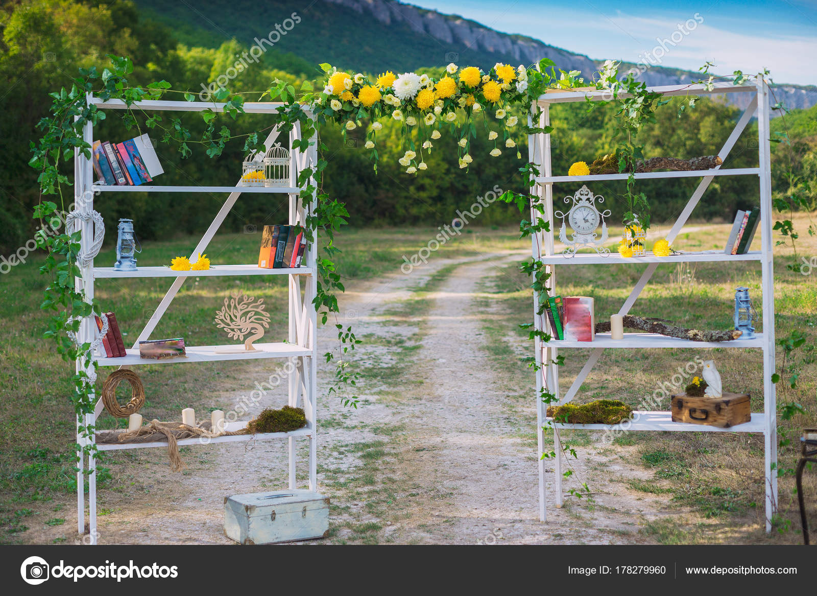 Wedding decor wedding on a plate green background and a mountains wedding decor wedding on a plate green background and a mountains wedding decorations pears and moss tints of green and yellow photo by santiaga junglespirit Images