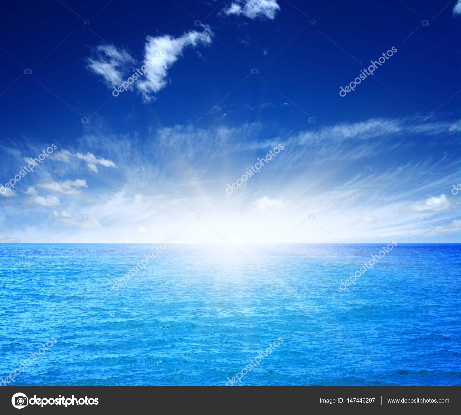 Sfondo Mare Azzurro Foto Stock Ale Ks 147446297