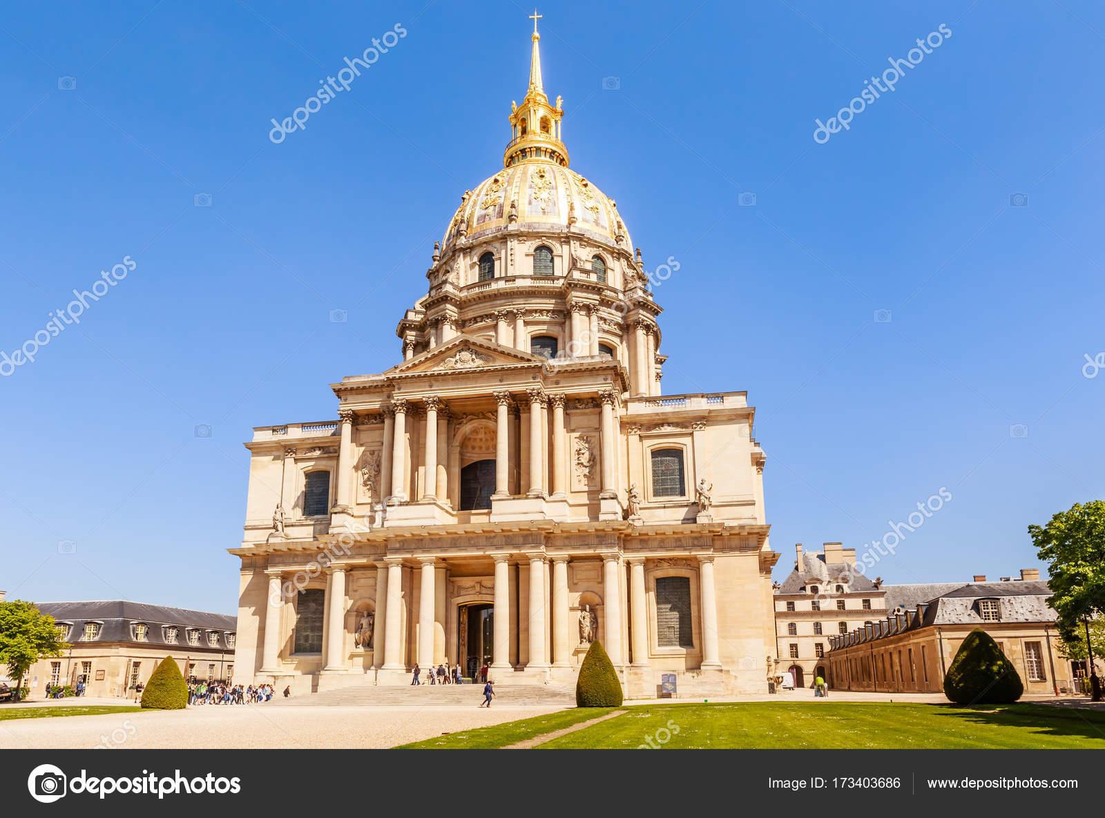 Iglesia De La Casa De Los Invalidos Paris Francia Foto Editorial