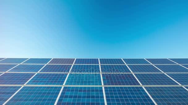 Sonnenkollektoren, 4k Dolly Zeitraffer