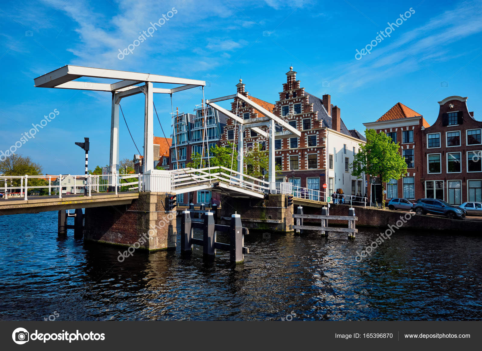 pont de gravestenenbrug haarlem pays bas photographie dmitryrukhlenko 165396870. Black Bedroom Furniture Sets. Home Design Ideas